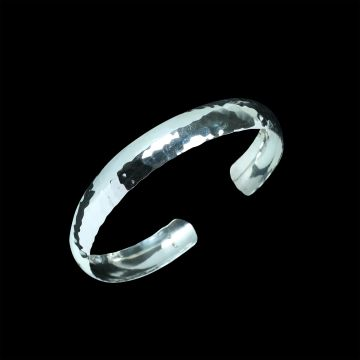 Plain Designer Bangle (10.7 Grm)