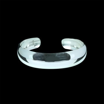 Plain Designer Bangle (15.7 Grm)